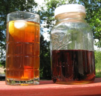 mason_jar_iced_tea.jpg